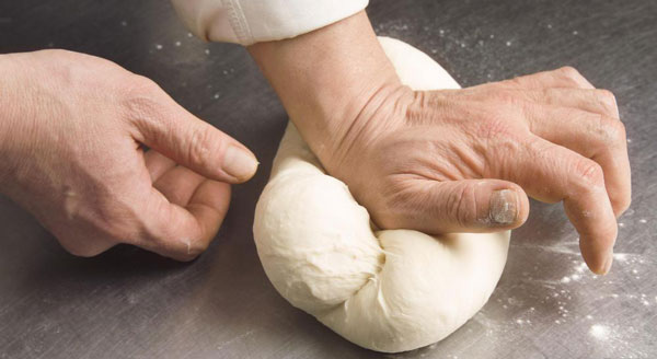 How to maker perfect dough for roti maker